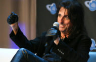 Alice Cooper opens up to fans at Planet Comicon