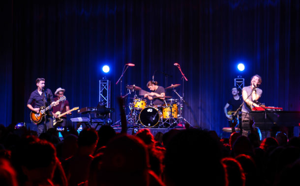 An intimate night with Hanson