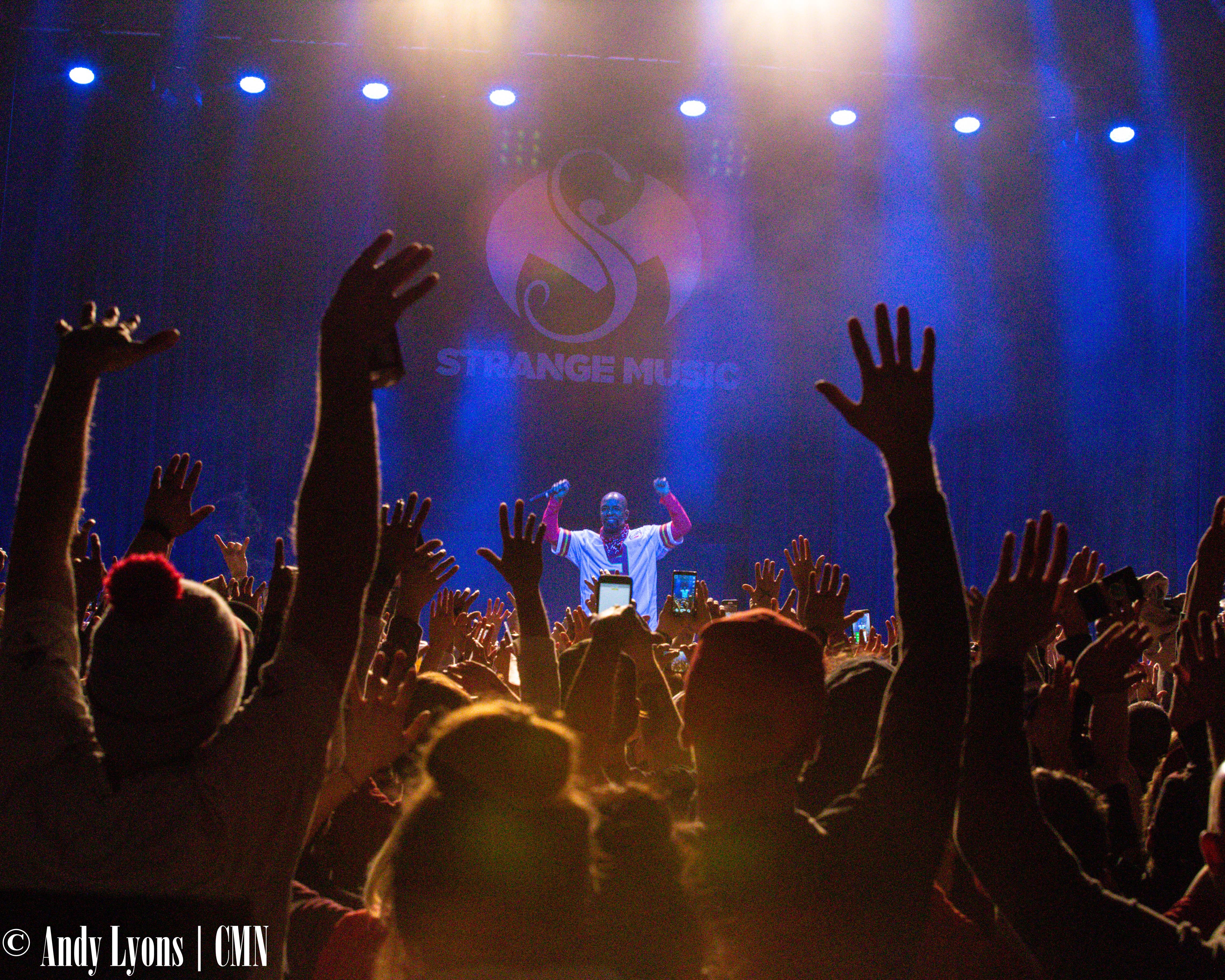 Tech N9ne packs VooDoo Lounge for hometown show