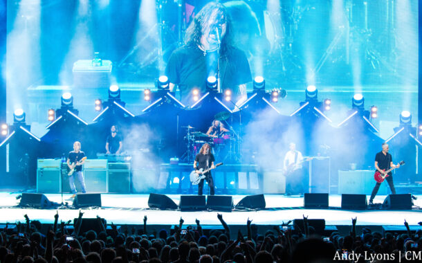 Foo Fighters bring rock n' roll back to Kansas City
